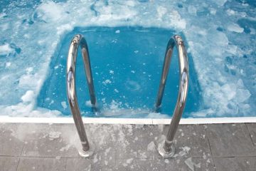 Maintaining An Attractive Pool Area